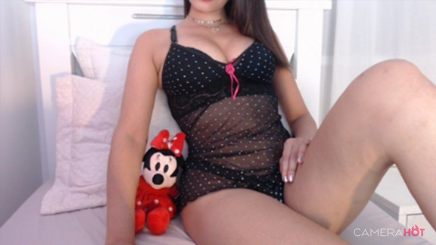 Novinha gostosa de lingerie no quarto