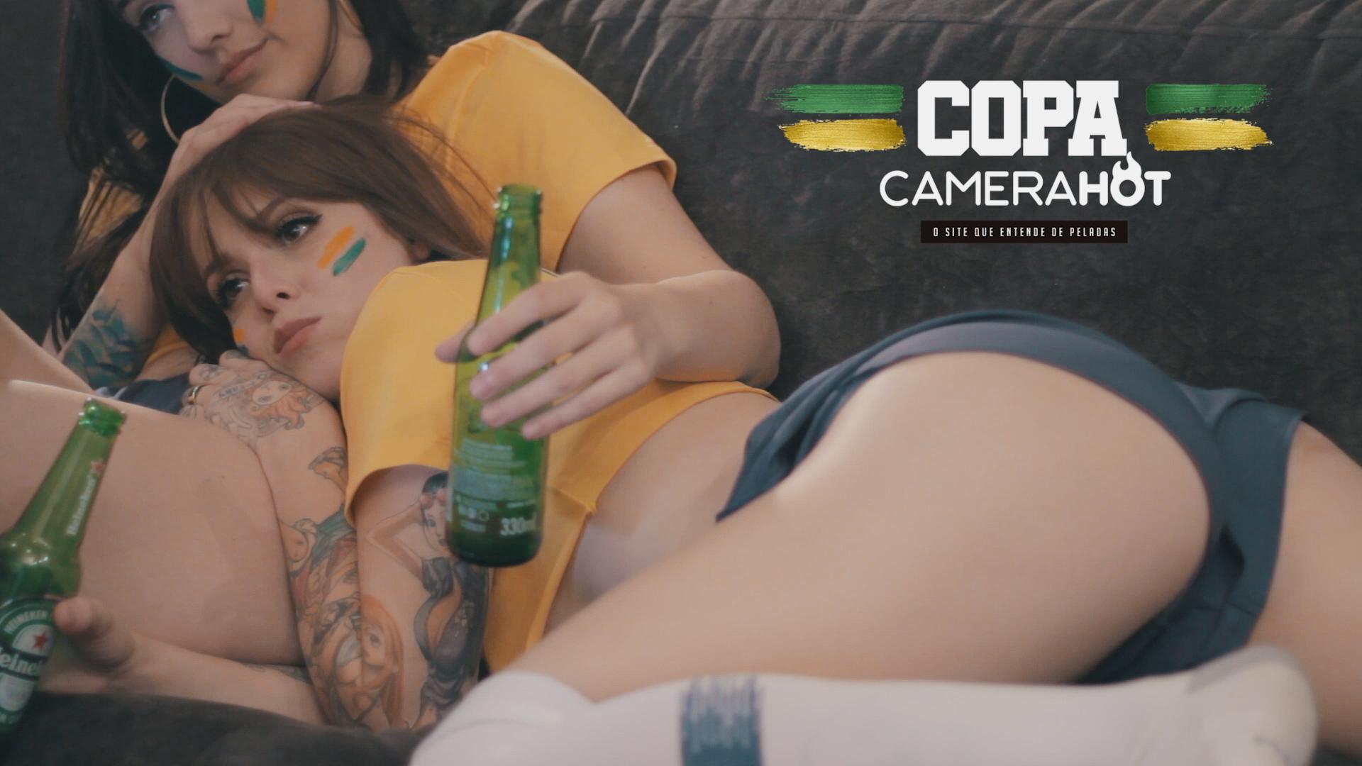 Gostosas e safadas transmitindo a Copa do Mundo ao vivo